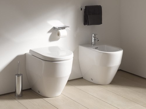White Fcml Laufen Pro New Back to Wall Toilet For Bathroom Fitting
